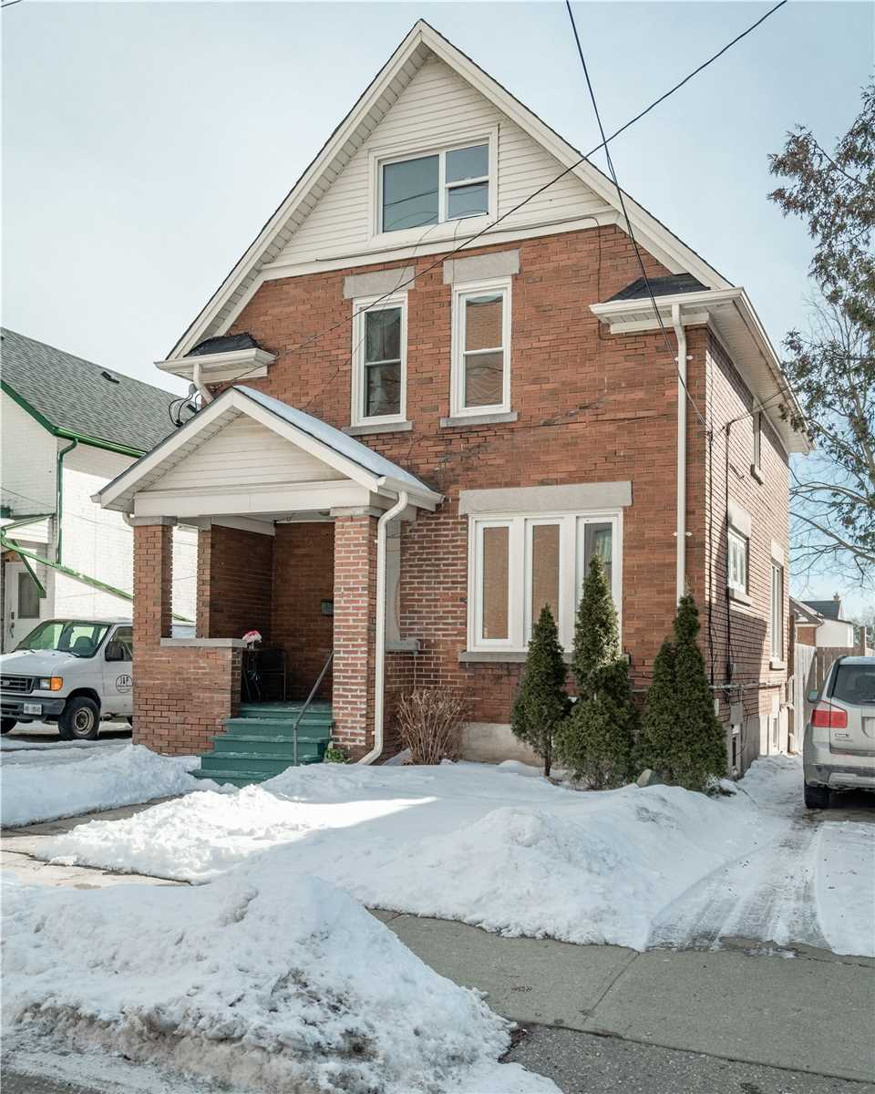2 1/2 Storey in Waterloo